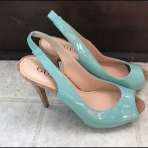 Guess peep toe turquoise shoes size 6